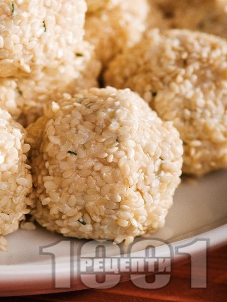Сусамови топки с извара - снимка на рецептата